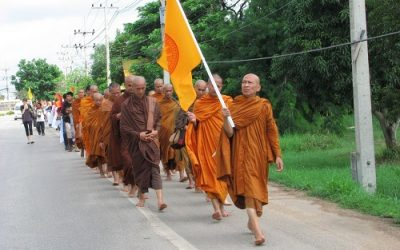 Crossing Borders – Thais and Cambodians March for Peace