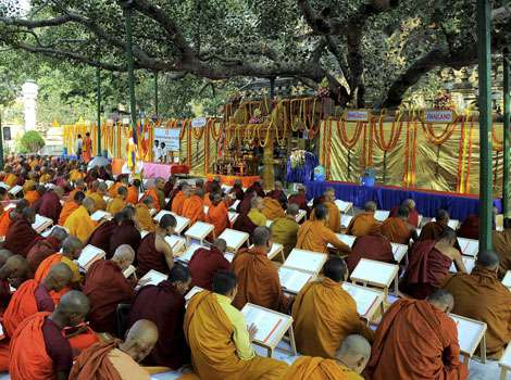 Chanting the Tipitaka – A Revival of an Ancient Tradition